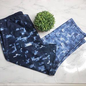 RBX blue ombré high rise capris, waistband pocket